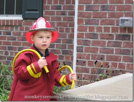 fireman and firedog halloween costumes (19)