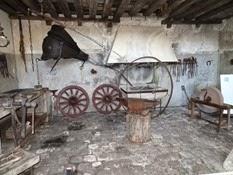 2015.04.06-012 atelier de forgeron au musée des équipages