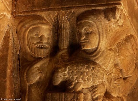 Ofrenes de Caín i d'Abel,capitells romànics historiats, claustre de la catedral de Tarragona,Tarragona, Tarragonès, Tarragona
