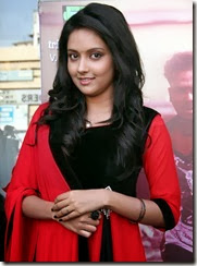 Mahima_Nambiar_beautiful_photo