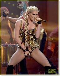 kesha-amas-performance-03