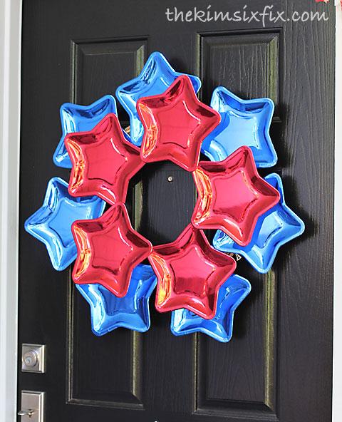 Star red white blue wreath