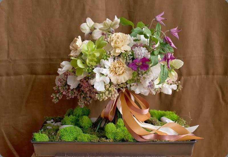 carnations DSC_4344 busy b