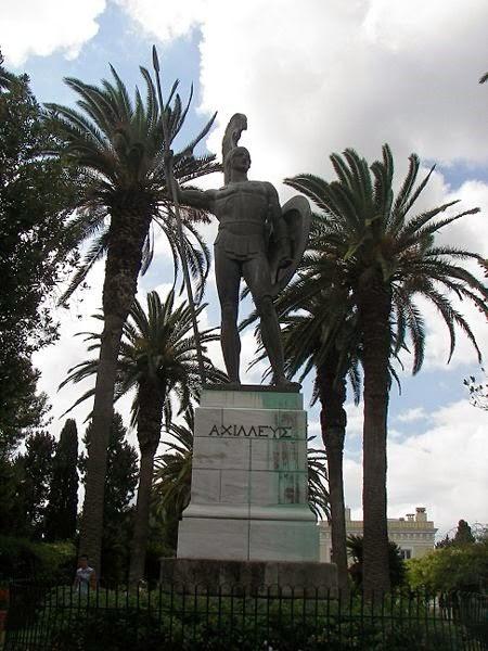 La escultura de Aquiles encargada por el Kaiser Guillermo II al escultor Johannes Götz