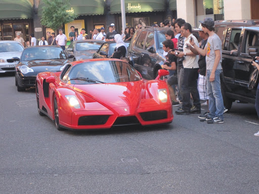 Ferrari Enzo (Marns is happy