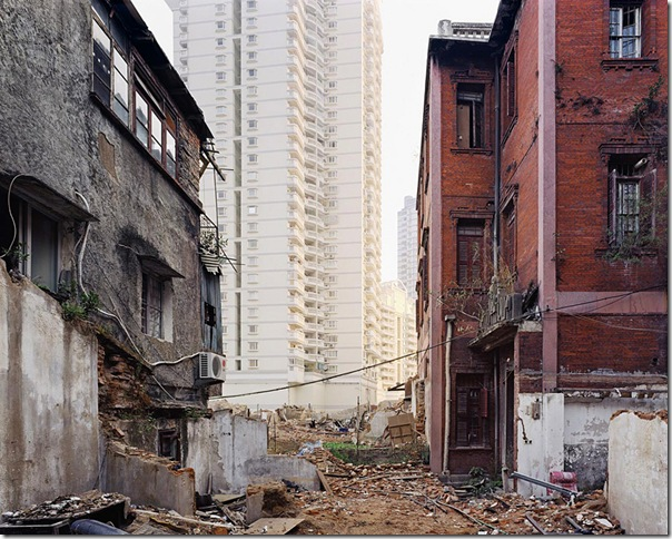 Sze Tsung Leong_Beizhuanzi II, Siming District, Xiamen, 2004
