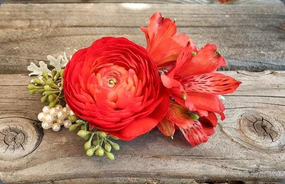alstromeria 1244554_381170415346440_954778352_o blooming art floral design