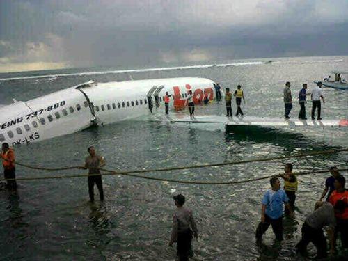 Lion Air jatuh di Bali (5)