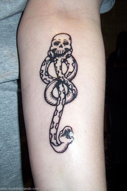 tatuagens harry potter tattoo reliqueas da morte bruxos fan desbaratinando (1)