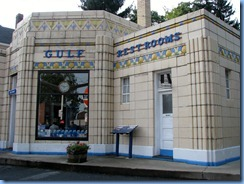3308 Pennsylvania - Bedford, PA - Lincoln Highway (Pitt St) - Dunkle's Gulf Art Deco Gas Station