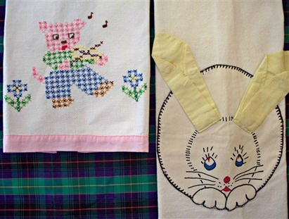 Show Towels_childrens xstitch bunny_picnik (Small)