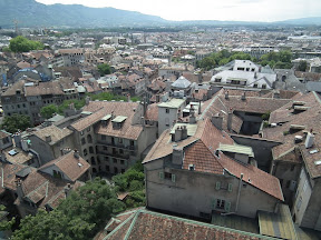301 - Vistas desde la catedral de St. Pierre.JPG