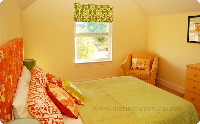 roman shades in guest room (21)