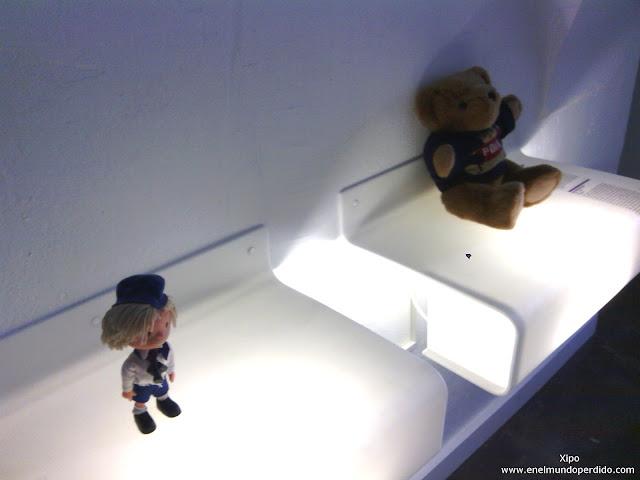 osito-y-muñeco-museo-relaciones-rotas-zagreb.jpg