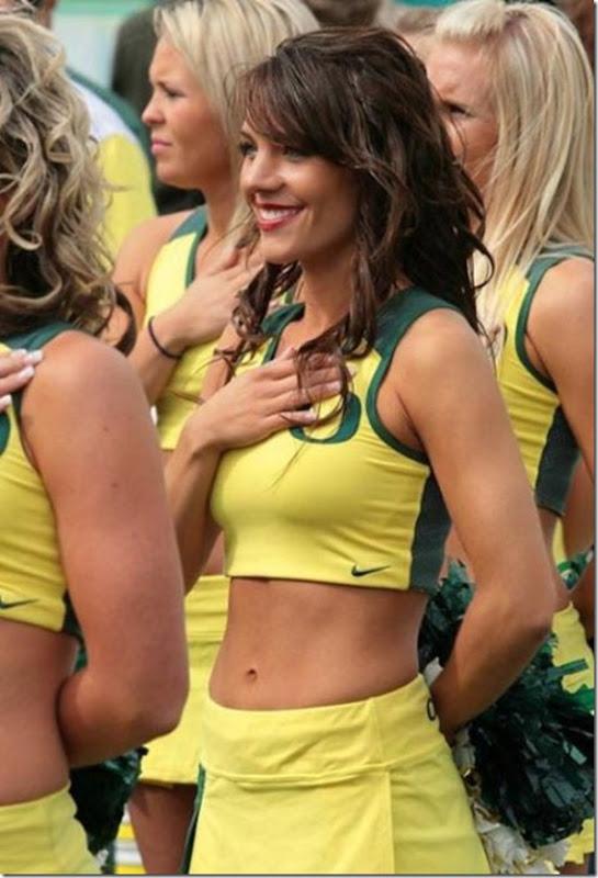 Oregon Cheerleaders (3)