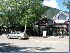 1385 Alberta - Waterton Lakes National Park - town of Waterton