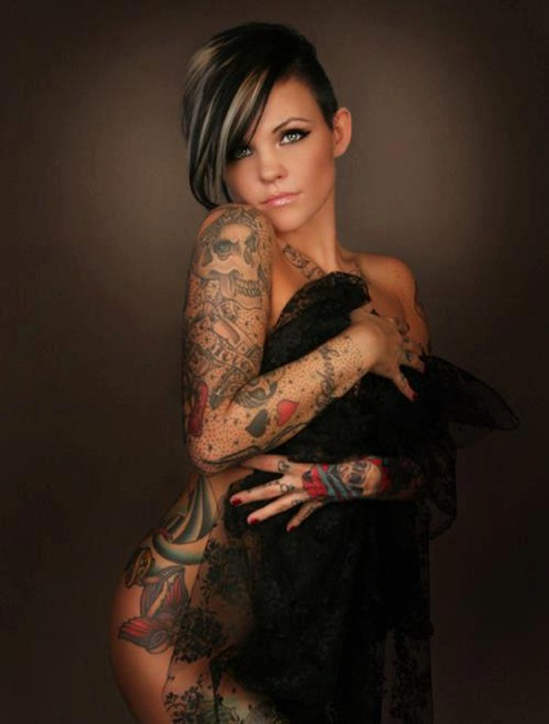 more_ beautifu_l tattooed_ women_ (6)