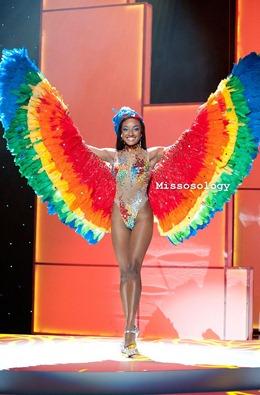 miss-uni-2011-costumes-29