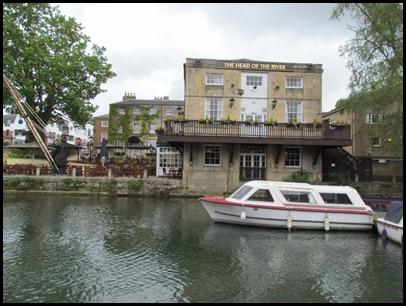 k Head of River pub