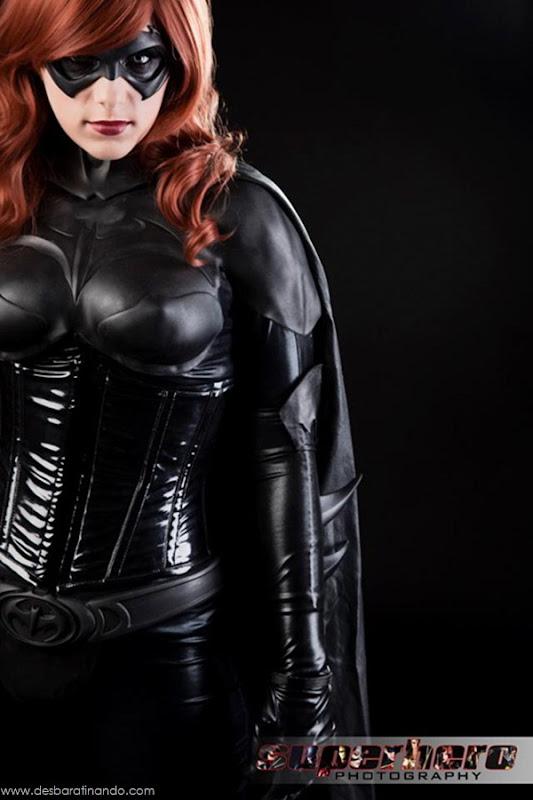 sexy-batgirl-linda-sensual-desbaratinando-geek-nerd (6)