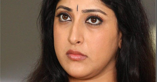 Lakshmi Gopalaswami: LAKSHMI GOPALASWAMY NEW STILLS