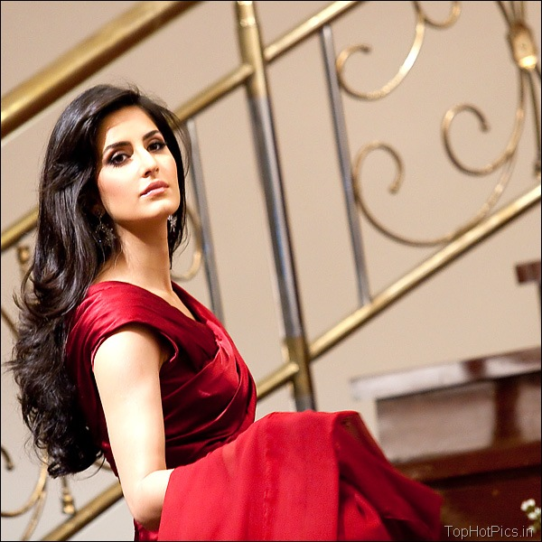 Katrina Kaif Hot Hd Pics in Red Dress 9