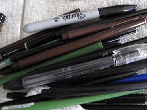 And now to organize the pens.  Martha really like the LePen brand, which has a smooth writing micro-fine plastic point and a sleek barrel design.  Plus, the ink is acid free and non-toxic.