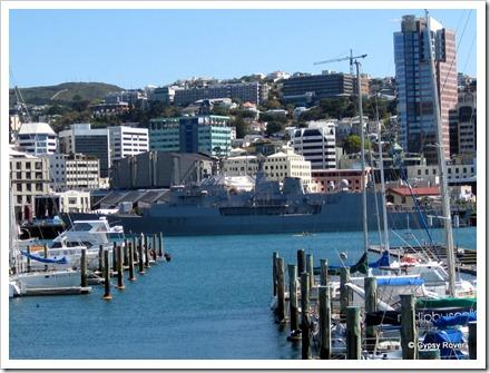 HMNZS Te Kaha another ANZAC class frigatre.