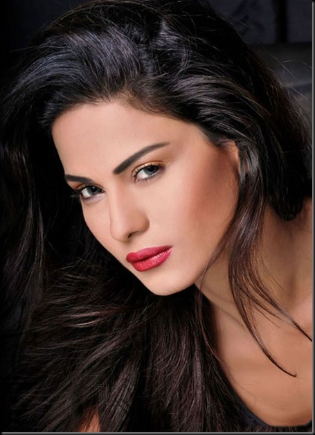 Veena-Malik-FHM-Magazine-Photo-Shoot---Hot-Photos-1647