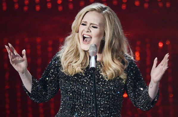 Adele singing at the Oscars 2013