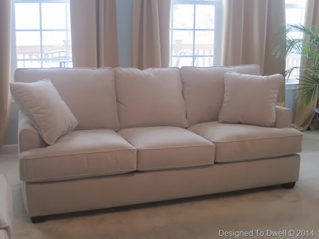 Danbury Sofa in Buckwheat