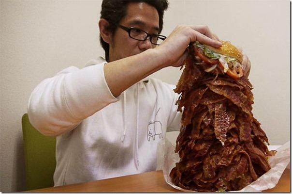 Hamburguer com 1.050 tiras de bacon (3)