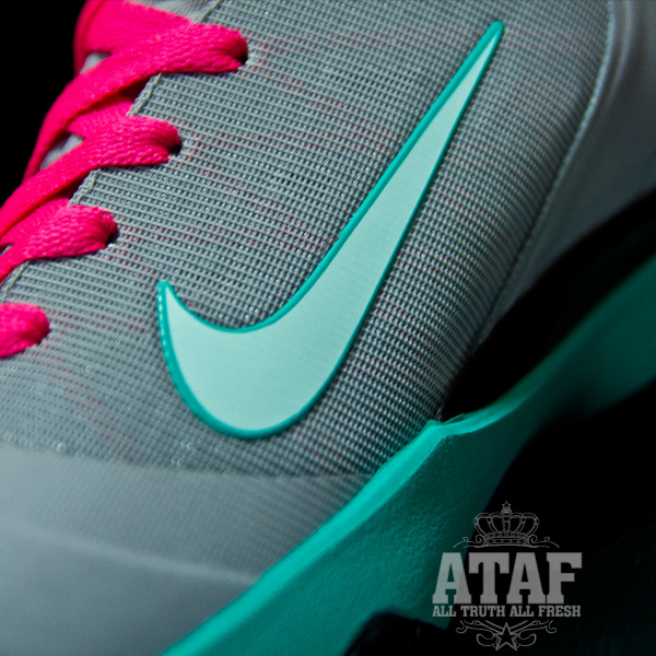 Nike LeBron 9 PS Elite 8220South Beach8221 Arrived in Poland