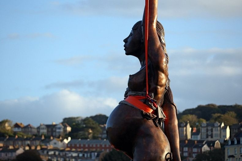 Damien Hirst's Controversial Pregnant Woman Sculpture in Ilfracombe ...