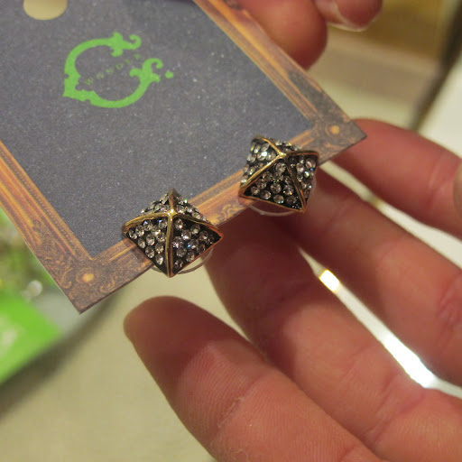 My colleague Laura loved these earrings.