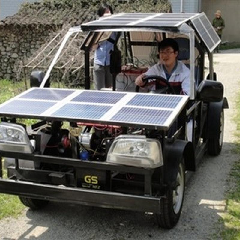 Joven chino Zhuzhen construye coche eléctrico solar por 1.815 euros