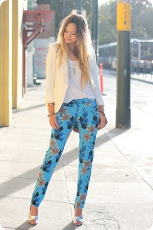 Theory-floral-pants4-e1340216680971