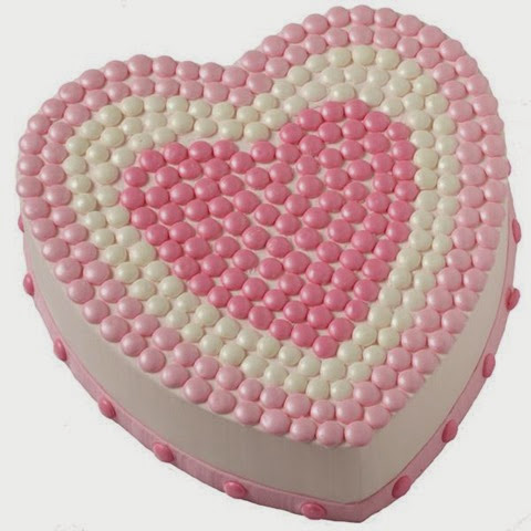 Dotty for Mom Cake by Wilton