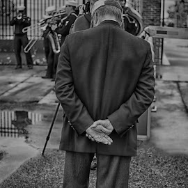 War Vet at a military homecoming  by Chrystal Olivero - People Street & Candids ( homecoming, navy pier, black and white, veterans, street, candid, navy, men, portrait, military )