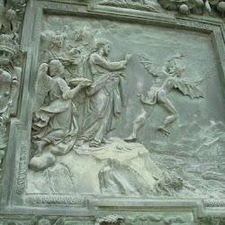 Detallle de las puertas de la catedral