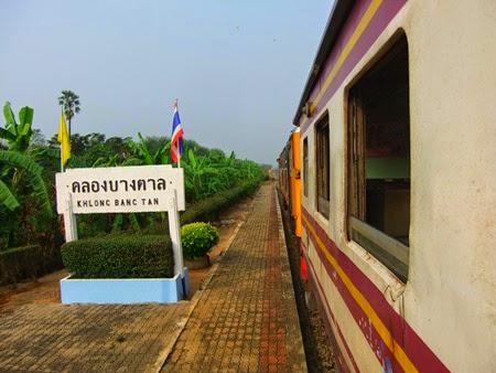 tren Bangkok-Kanchanaburi
