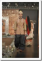 Ali-Xeeshan-bridal-2012-in-PFDC-LOreal-Paris-Bridal-Week-16