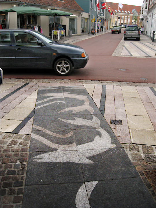 Strædeudsmykning i granit - Løgstør - 2009