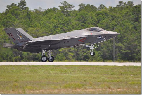 First US NavyF-35C is delivered09-11-13a