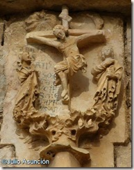 Crucifixión iglesia Riezu