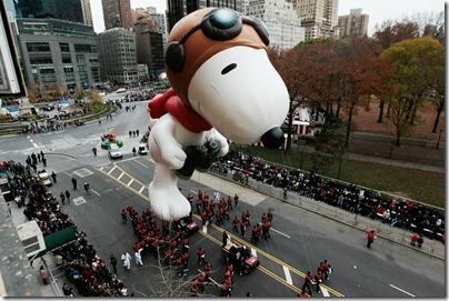 Snoopy Flying Ace Macy Thanksgiving Parade 06