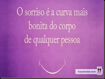 frases-para-facebook-sorriso-curva-mais-bonita