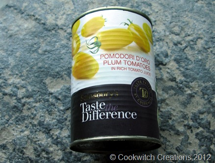 Tinned yellow tomatoes
