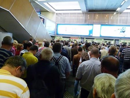 Aeroport St. Petersburg: Coada la vama ruseasca
