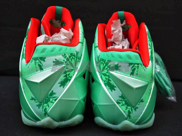 24 Days After Christmas8230 Fans in Europe Get to Cop XMAS 118217s